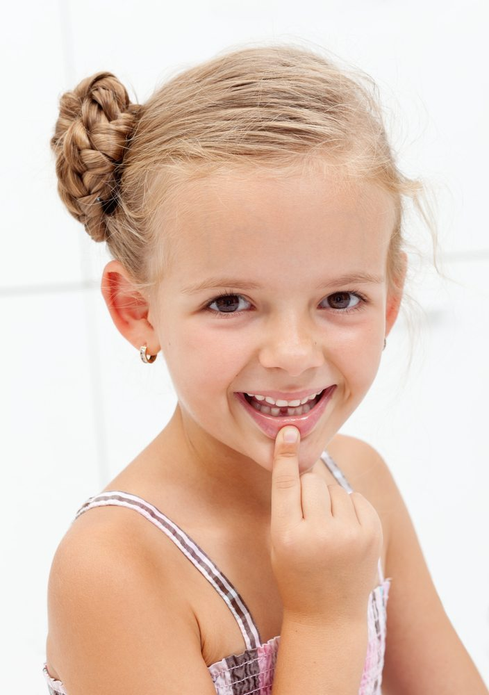 Lakefront Family Dentistry Offers Simple Teeth Extraction Services for Children and Adults with Dr. Derek Hauser, DDS.
